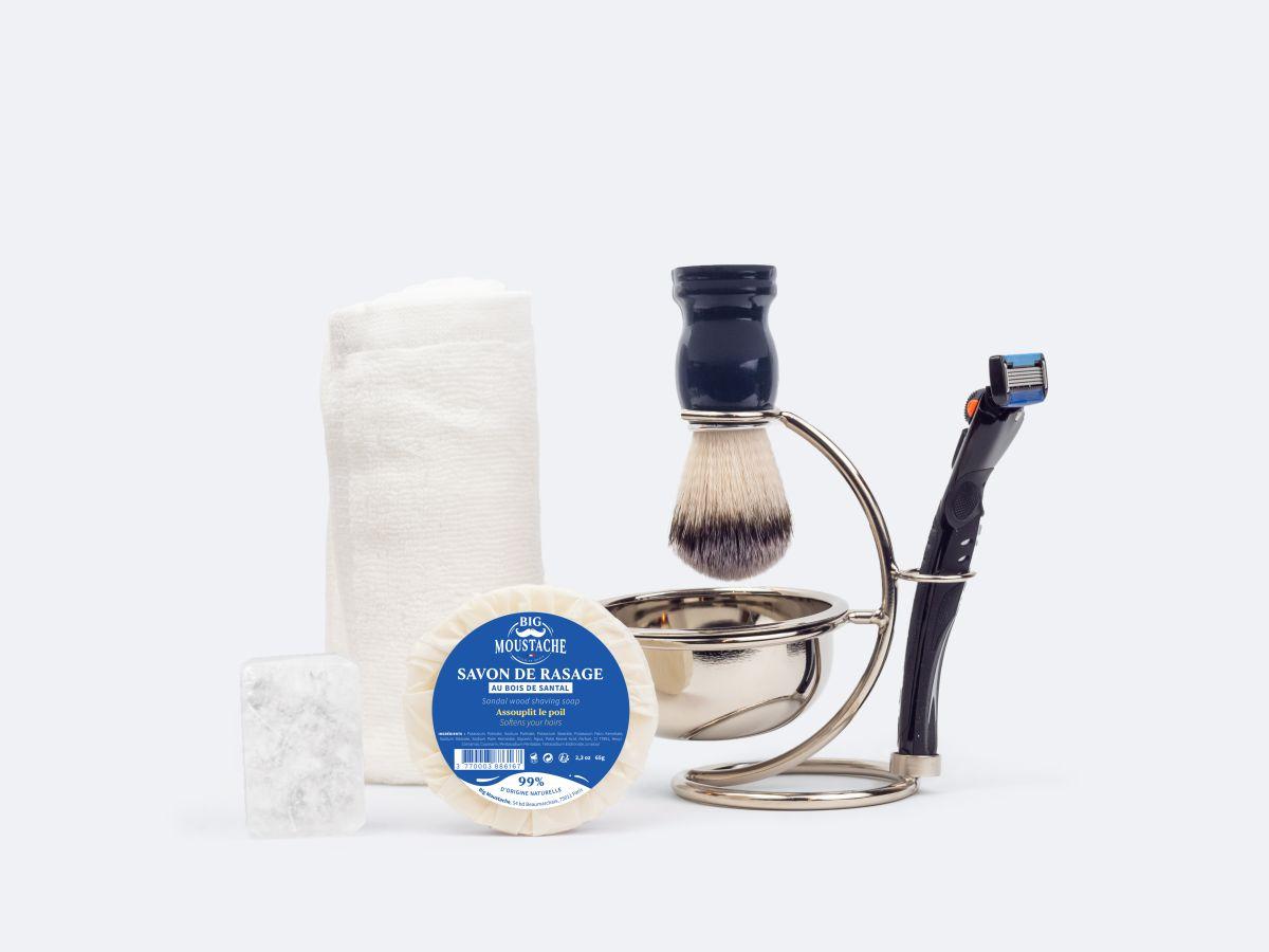 Coffret du barbier + serviette + pierre d'alun