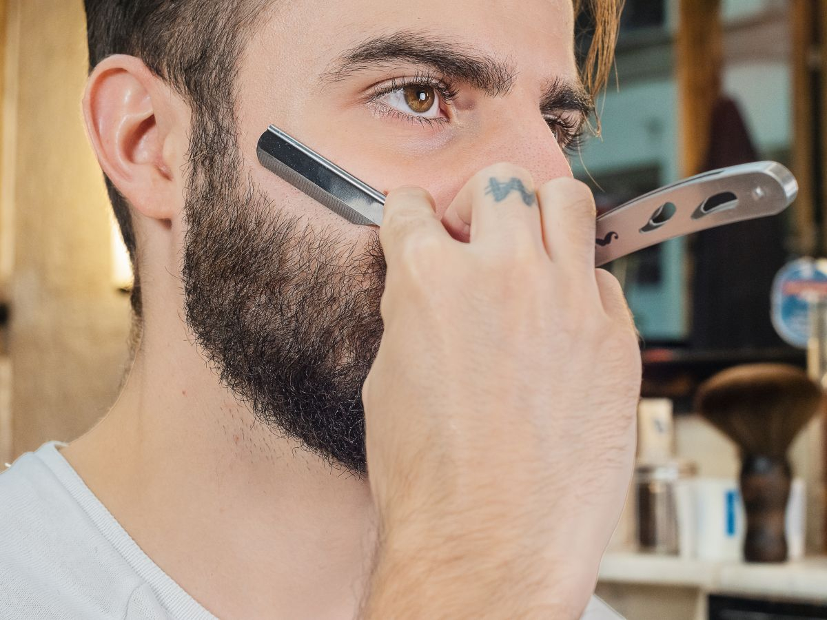 Rasoir de barbier + Huile de rasage