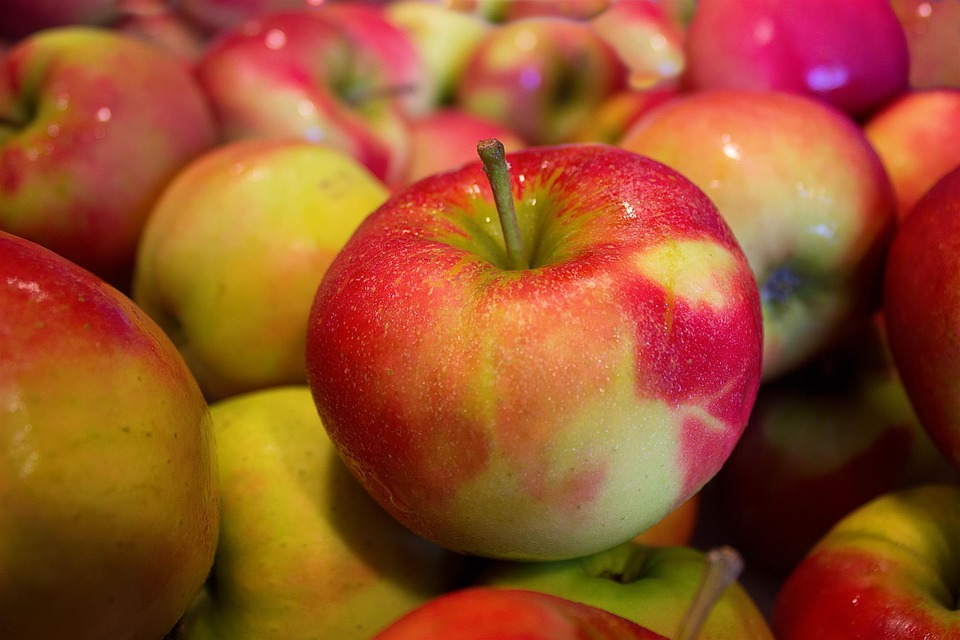 La pomme contre l'acné !