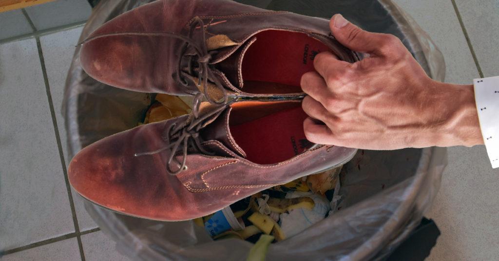 Enlever ses chaussures chez soi