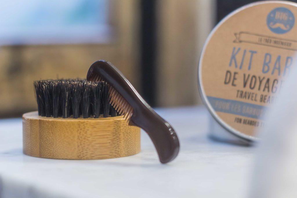 Kit barbe de voyage, pour enlever les nœuds de barbe n'importe où !